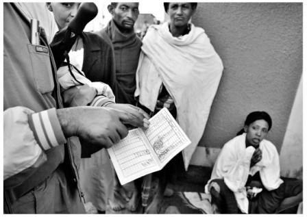 Etiopia, Yejubie, donne in attesa di ottenere il microcredito