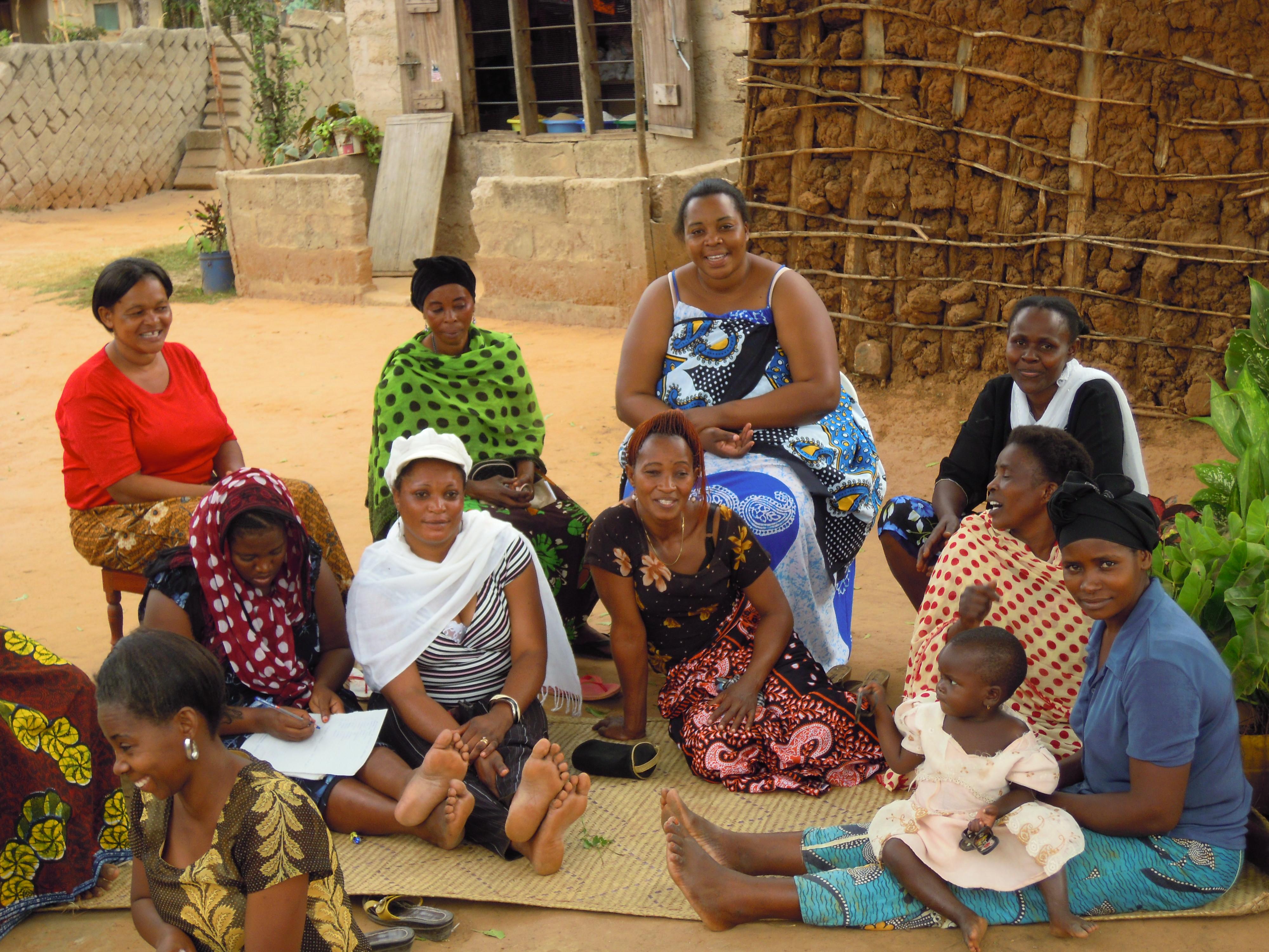 A Bagamoyo, le donne e i più deboli riescono a trovare il coraggio di segnalare le violenze subite grazie ai facilitatori di giustizia.